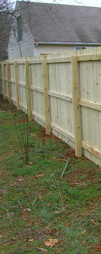 Lexington wood privacy fence